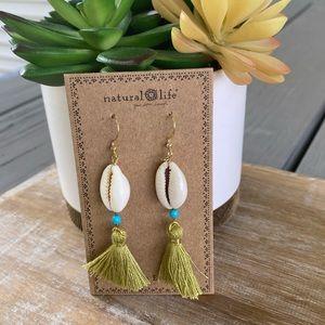 Natural Life Shell Tassel Earrings - NEW! ☀️